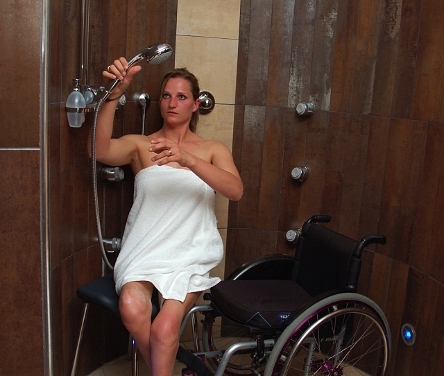 Wheelchair accessible schower - wellness area