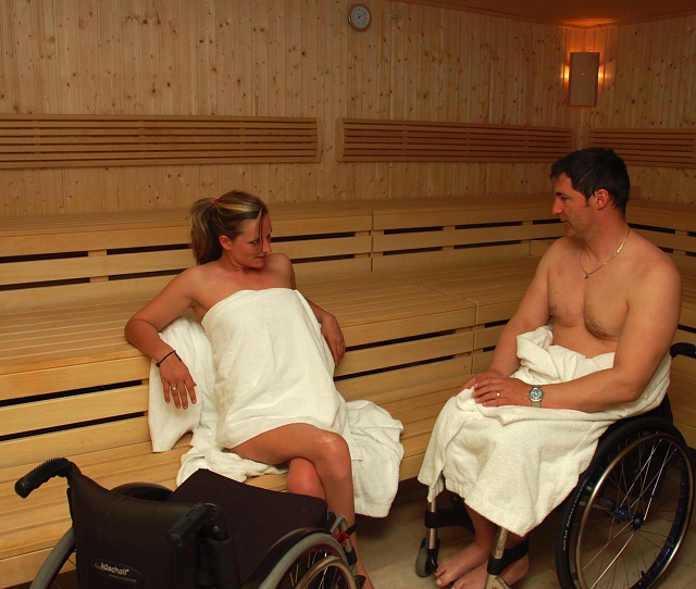 Wheelchair accessible sauna - Bräuwirt